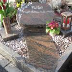11 urnengrabstein