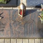 16 urnengrabstein
