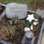 4 urnengrabstein