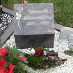 6 urnengrabstein